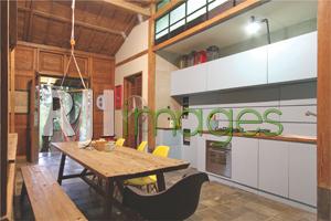 Area dapur dengan fasilitas modern