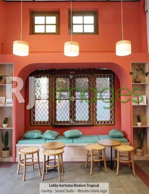 Lobby bertema Modern Tropical