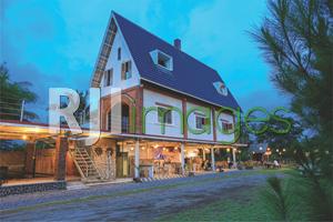 Pengalaman Cicipi Hawa Tropis Candu Syahdu Ala Oppio Coffee